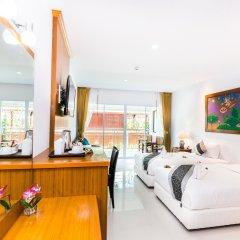 Курортный отель Lamai Coconut Beach 3* Улучшенный номер с различными типами кроватей
