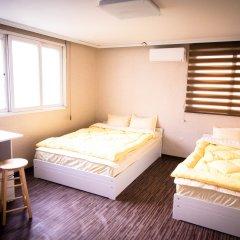 YaKorea Hostel Hongdae Стандартный номер с различными типами кроватей фото 2