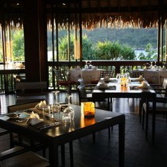 Отель Sofitel Bora Bora Private Island ресторан