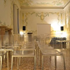 Hotel Monaco & Grand Canal конференц-зал