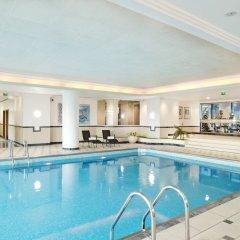 Отель Hilton Paris Charles De Gaulle Airport бассейн