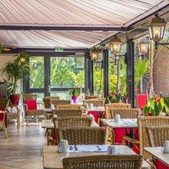 Hotel West End Nice ресторанный дворик фото 2