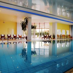 Ренессанс Самара Отель закрытый бассейн
