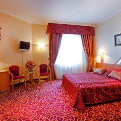 Бизнес-Отель Протон комната для гостей фото 4