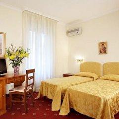 Hotel San Giusto 3* Стандартный номер с различными типами кроватей фото 14