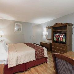 Отель Red Roof Inn Meridian 2* Улучшенный номер с различными типами кроватей