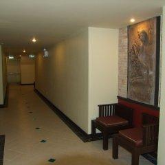 Отель La Vintage Resort коридор