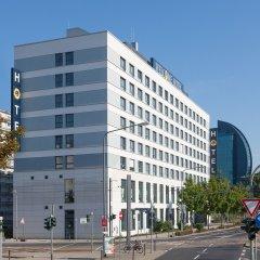 Welcome Hotel Frankfurt вид на фасад фото 2