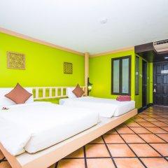 Phuket Island View Hotel 3* Улучшенный номер с двуспальной кроватью