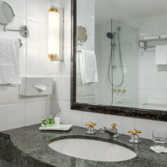 Отель NH Brussels Carrefour de l'Europe ванная фото 2
