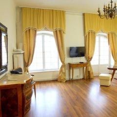 Отель Pokoje Gościnne Dom Literatury 3* Стандартный номер с двуспальной кроватью