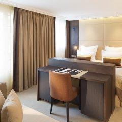 Отель Villa Saxe Eiffel 4* Номер Делюкс с двуспальной кроватью
