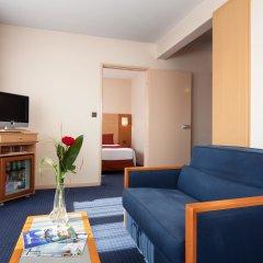 Forest Hill La Villette Hotel 4* Люкс с двуспальной кроватью