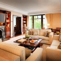 Breidenbacher Hof, a Capella Hotel 5* Улучшенный люкс с разными типами кроватей фото 6