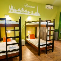 Full Moon Design Hostel Budapest Кровать в общем номере фото 2