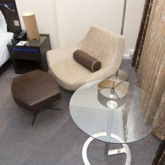 Отель Hilton London Canary Wharf 4* Номер Делюкс с двуспальной кроватью