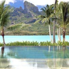 Отель Four Seasons Resort Bora Bora 5* Вилла с различными типами кроватей фото 3
