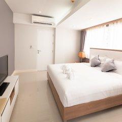 Отель Racha Residence Sri Racha 3* Представительский люкс с различными типами кроватей