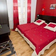 Отель Hipotel Paris Belleville Pyrenees 3* Стандартный номер