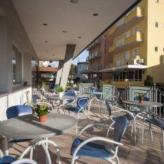 Hotel Jana терраса/патио фото 2