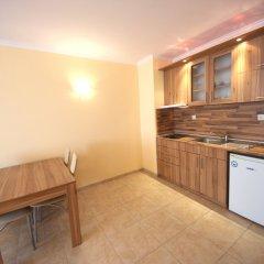 Апартаменты Menada Sea Regal Apartments мини-кухня в номере
