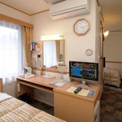 Отель Toyoko Inn Tokyo Monzen-Nakacho Eitaibashi 3* Стандартный номер с различными типами кроватей