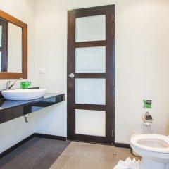 Отель Two Villas Holiday Oriental Style Layan Beach ванная