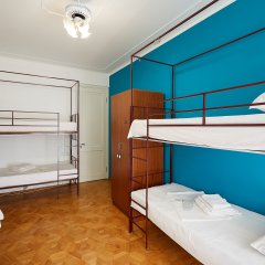 Хостел Luys Hostel & Turs Кровать в мужском общем номере