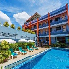 Отель Little Hill Phuket Resort открытый бассейн
