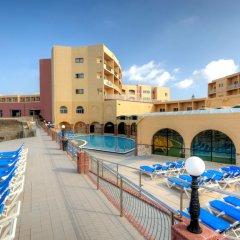 Paradise Bay Hotel открытый бассейн фото 2