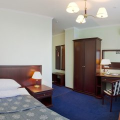 Гостиница Салют 4* Номер Комфорт с разными типами кроватей фото 9