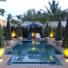 Отель Phuket Boat Quay открытый бассейн фото 2