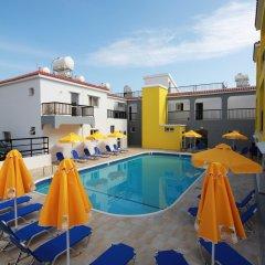 Sea Cleopatra Napa Hotel открытый бассейн