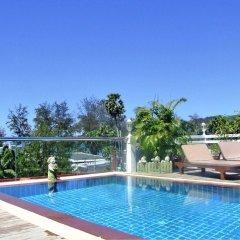 Rayaburi Hotel Patong вид из окна