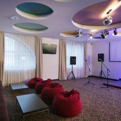 AZIMUT Hotel FREESTYLE Rosa Khutor театральное шоу