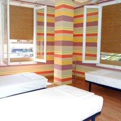 Russafa Youth Hostel Кровать в мужском общем номере фото 5