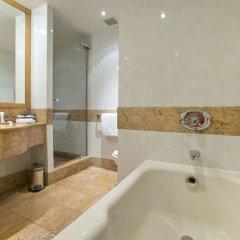 Отель Hilton Paris Charles De Gaulle Airport ванная фото 3