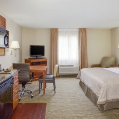 Отель Candlewood Suites Virginia Beach/Norfolk комната для гостей