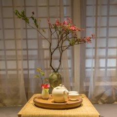 Отель Hangzhou Wushan Ju 3* Люкс с различными типами кроватей