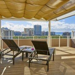 DoubleTree by Hilton Hotel Alana - Waikiki Beach 3* Люкс с различными типами кроватей