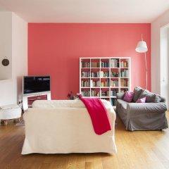Апартаменты Hintown Apartments Montenapoleone Милан популярное изображение