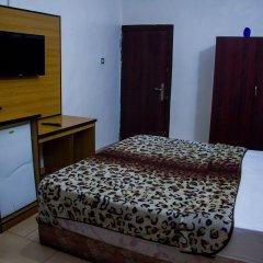 Отель Emglo Suites 2* Стандартный номер с различными типами кроватей