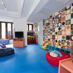 Отель Trisara Villas & Residences Phuket закрытая детская игровая площадка