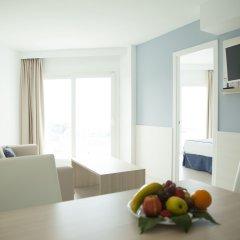 Отель Tomir Portals Suites Люкс с различными типами кроватей