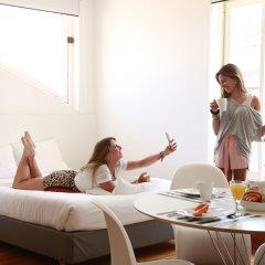 Апартаменты Hello Lisbon Bairro Alto Apartments Апартаменты с двуспальной кроватью