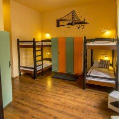 Full Moon Design Hostel Budapest Кровать в общем номере