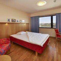 Отель Scandic Helsinki Aviacongress 3* Улучшенный номер с различными типами кроватей