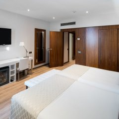 Отель Catalonia Ramblas 4* Стандартный номер с различными типами кроватей фото 18