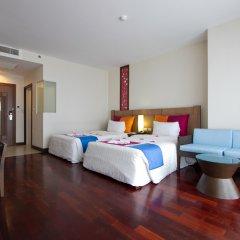 The Pattaya Discovery Beach Hotel Pattaya 4* Улучшенный номер с различными типами кроватей