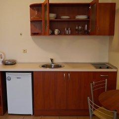 Отель Summer Dreams мини-кухня в номере